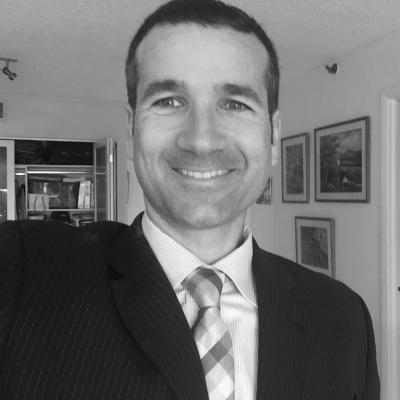 Javier Corrales Headshot
