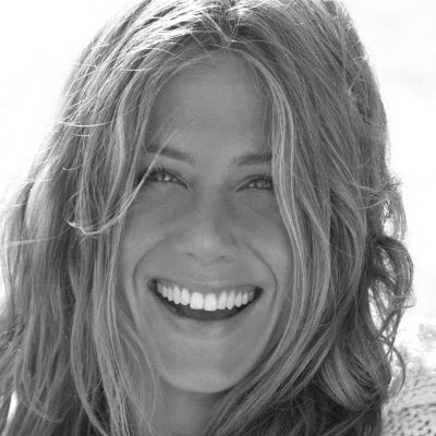 Jennifer Aniston Headshot