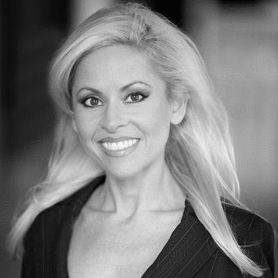 Jennifer Danielle Crumpton Headshot