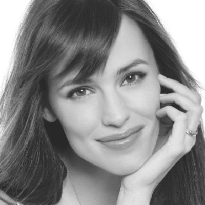 Jennifer Garner Headshot