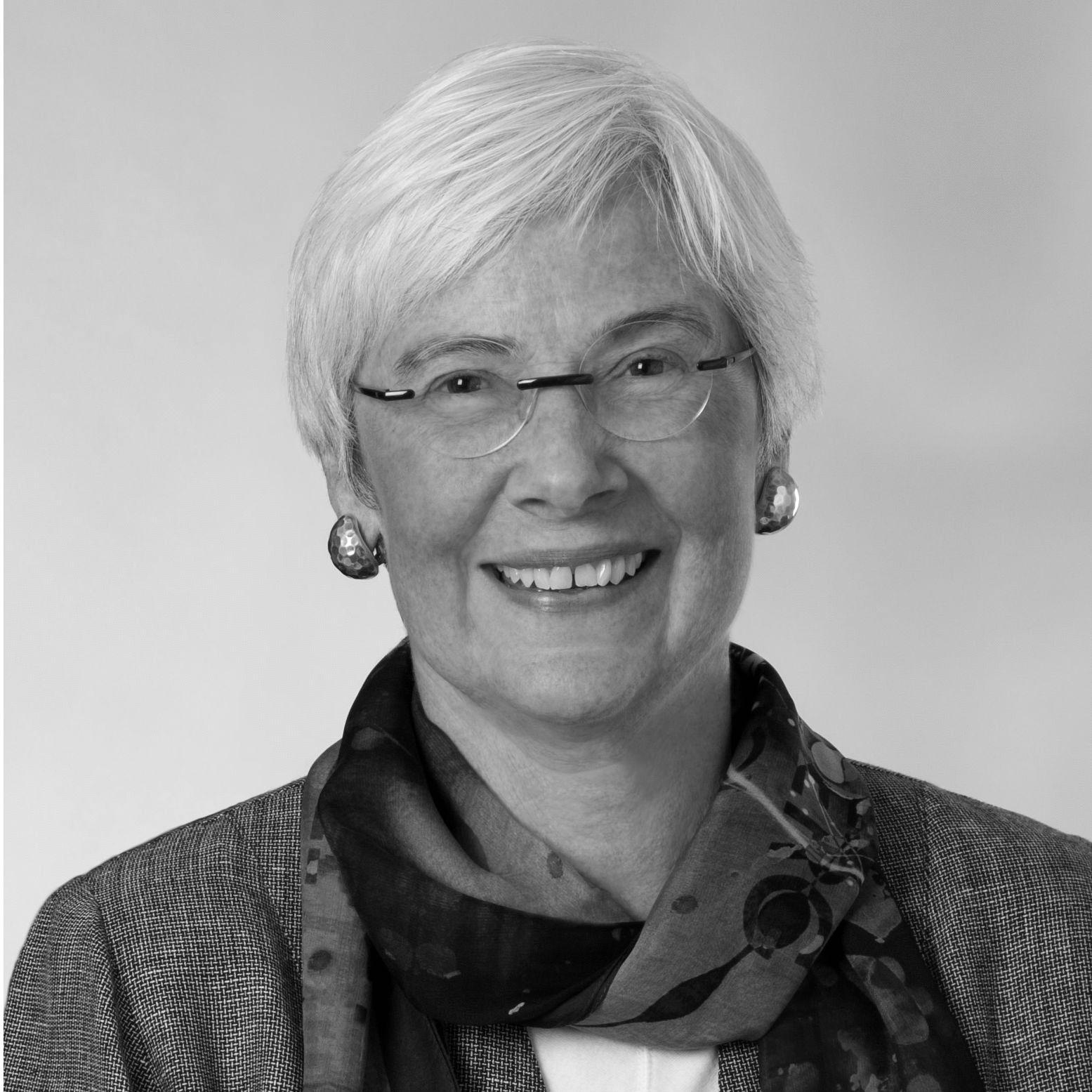 Dr. Jennifer L. Howse