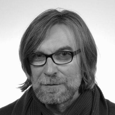Dr. Jerzy J. Maćków Headshot