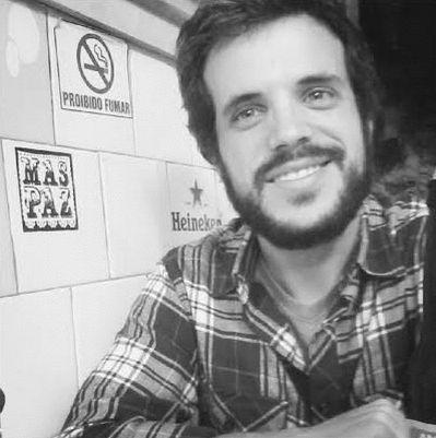 João Estrella de Bettencourt Headshot