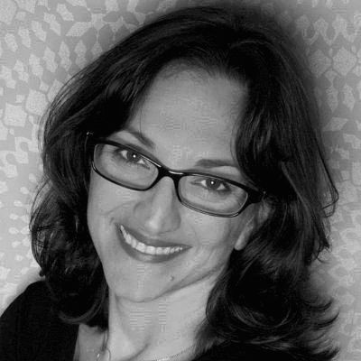 Johanna Stein Headshot