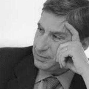 José Luis García Delgado Headshot