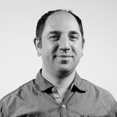 Joshua Ostroff Headshot