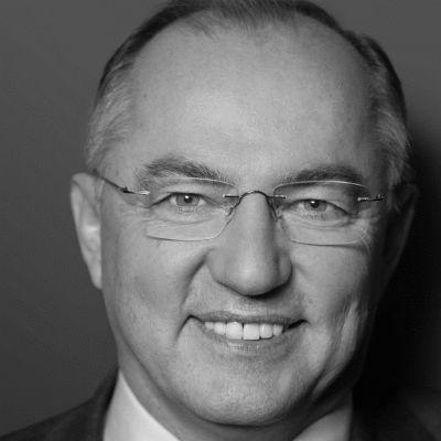 Josip Juratovic Headshot