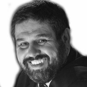 Juan José Fernández Headshot