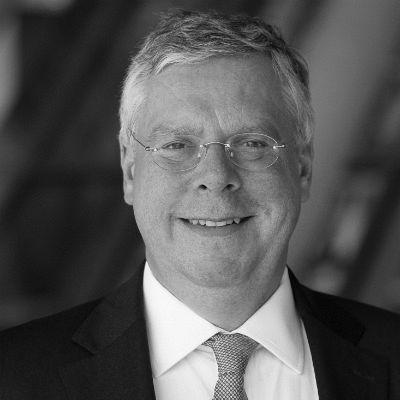 Jürgen Hardt Headshot