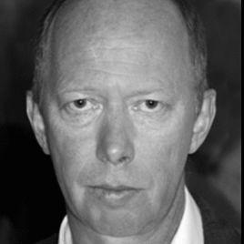 Andreas Müller Headshot