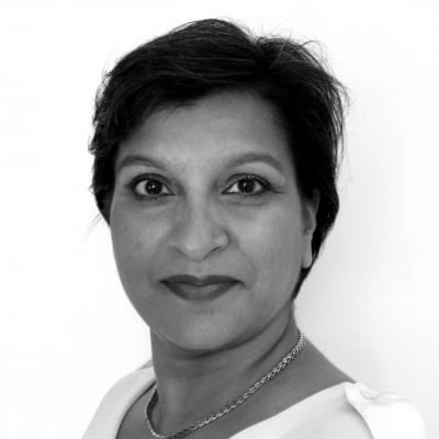 Julia Lalla-Maharajh Headshot