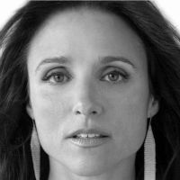 Julia Louis-Dreyfus Headshot