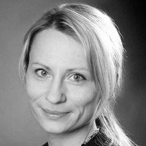 Julia Scheffler Headshot