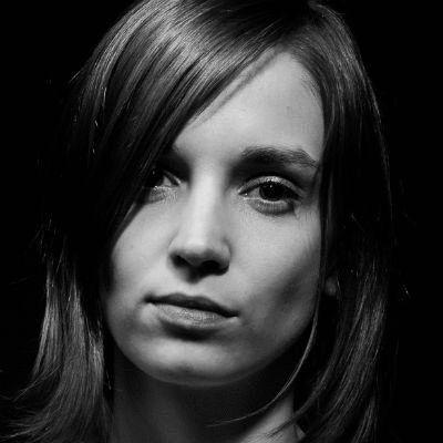 Julia Susann Helbig Headshot