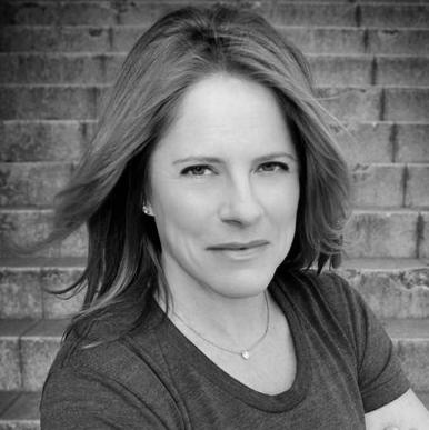 Julie Buckner Headshot