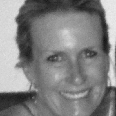 Julie Kelly