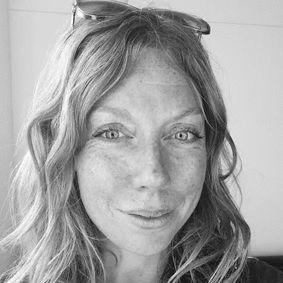 Julie Pinsonneault
