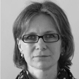 Karin Retzke Headshot