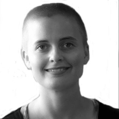 Karoline Kirchhübel
