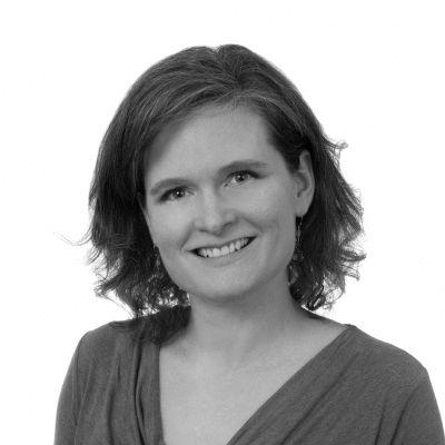 Karri Munn-Venn Headshot