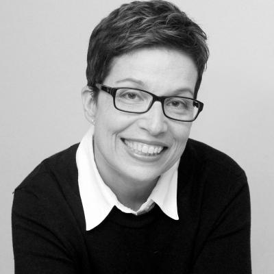 Kathy Kaufield Headshot