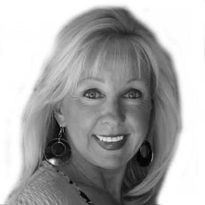 Kathy Witkowicki Headshot
