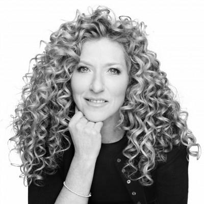 Kelly Hoppen Headshot