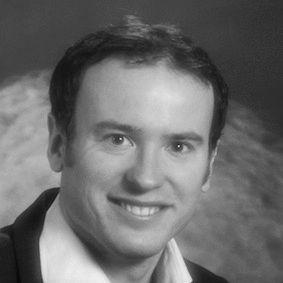 Dr. Kevin Reuter  Headshot