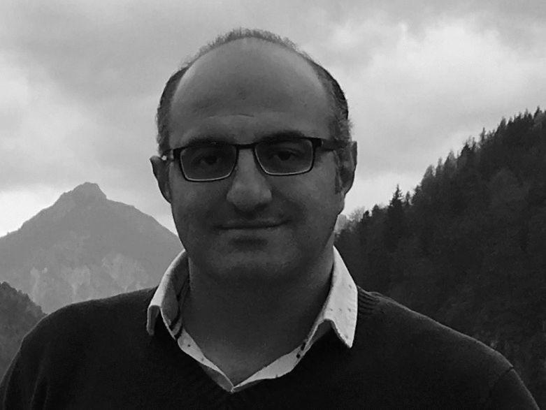 خالد خليل الحمصي Headshot