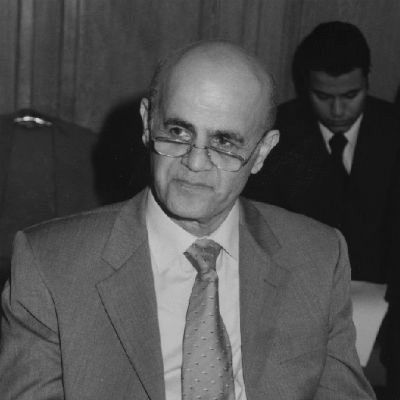 خليل أبو رزق Headshot