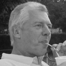 Klaus-Jürgen Gadamer Headshot