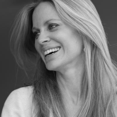 Kristin Bauer Headshot