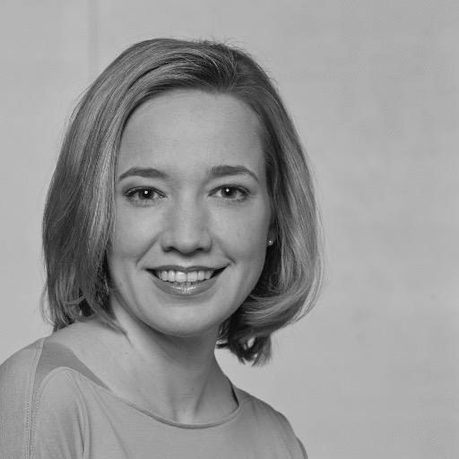 Dr. Kristina Schröder  Headshot