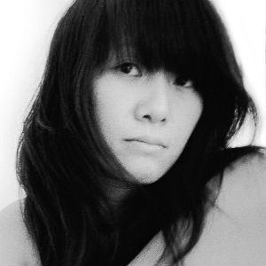 김경 Headshot