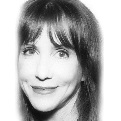Laraine Newman Headshot