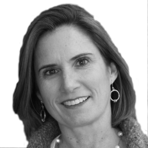 Laura Brady Saade Headshot