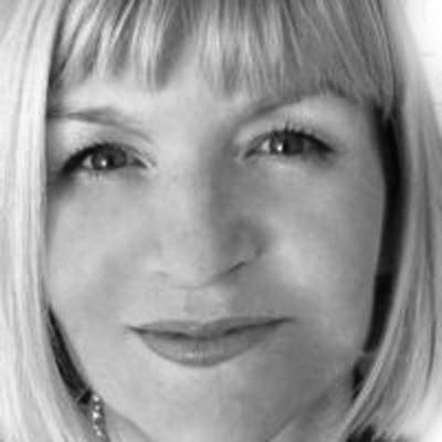 Laura Doyle Headshot