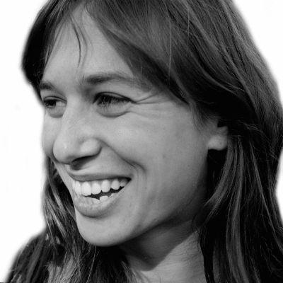 Laura Gottesdiener Headshot