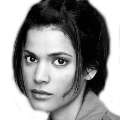 Lauren Neal Headshot