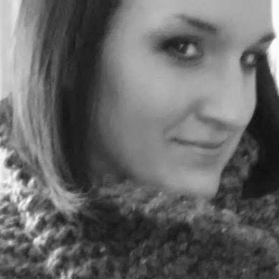 Lauren Stevens Headshot
