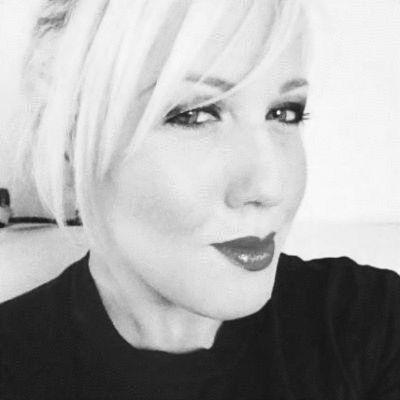 Leeanne Boulton Headshot