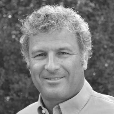 Leonard Steinhorn Headshot