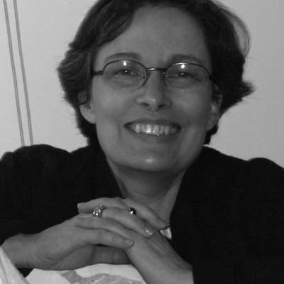 Leslie Sisman Headshot