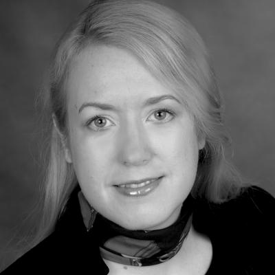 Liane Bednarz Headshot