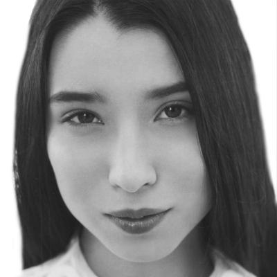 Lily Kwong Headshot