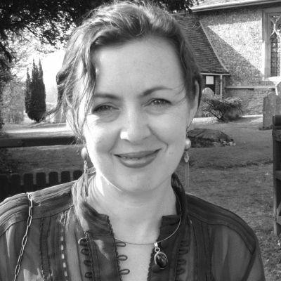 Lisa Doust