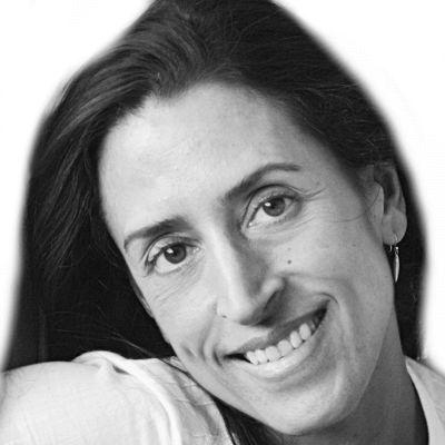 Lisa Kring Headshot