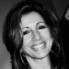 Lisa Medeiros