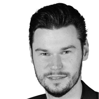 Lukas Lamla Headshot