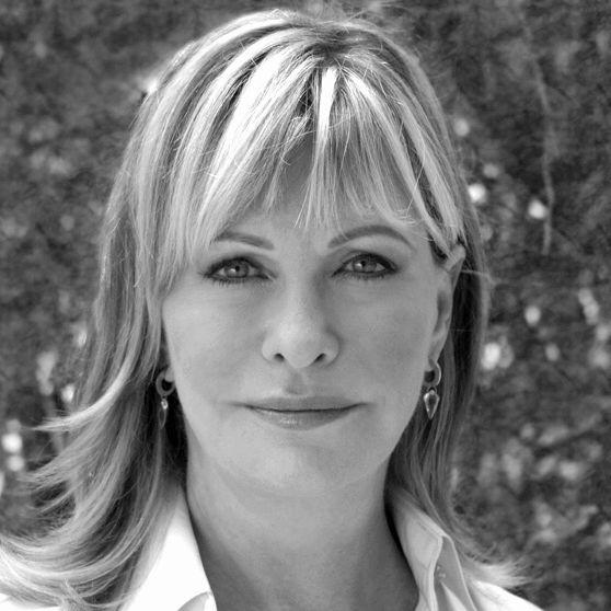 Lyn Davis Lear